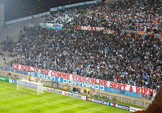 Marseille-bayern-munich-supporters-banderoles